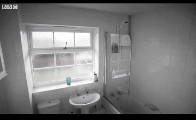 DIY SOS Bathroom - Before