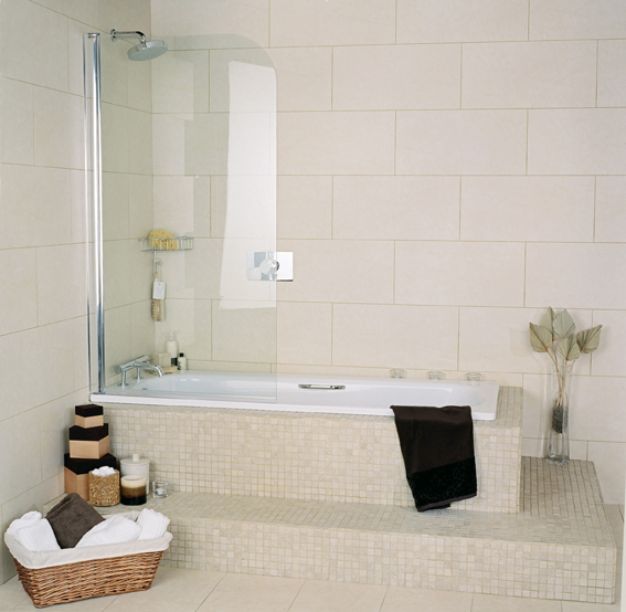 Collage Curved Bath Screen