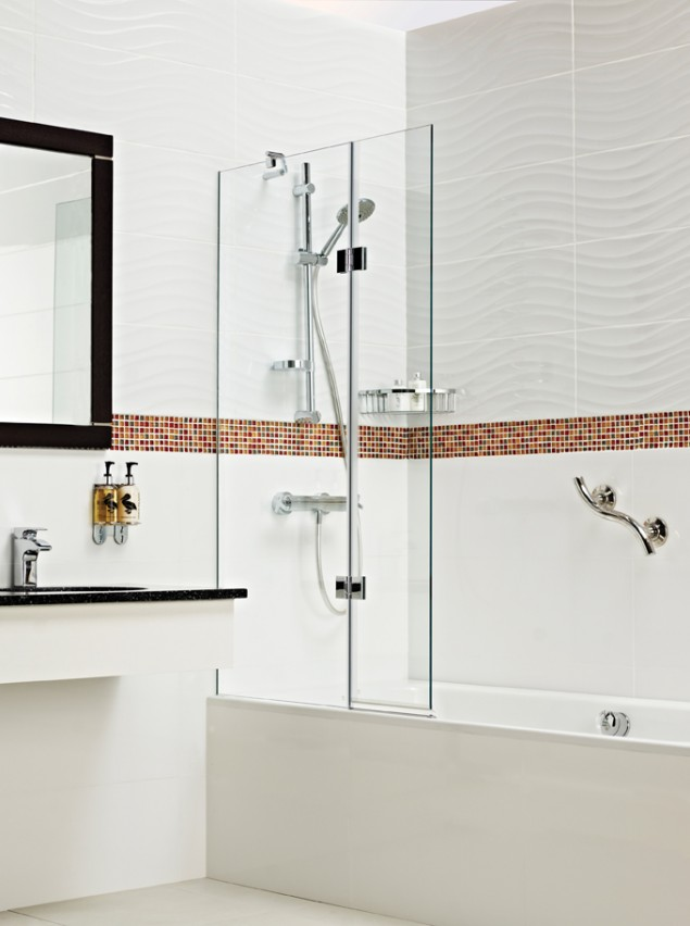 Concealed Fix Bath Screen. Price - £544.12