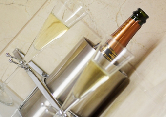 Hotel Chic Bathroom by Roman Showers